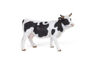 BLACK-AND-WHITE-COW-51148.jpg