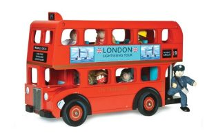 LONDON-DOUBLE-DECKER-BUS-WITH-DRIVER-TV469.jpg