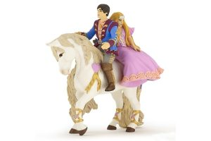 600-39094-prince-and-princess-on-horse-new-2015.jpg