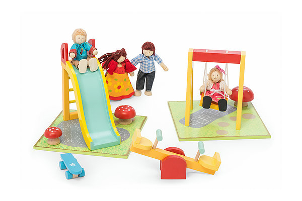 Doll Family P051 by Le Toy Van - New Version - Playground Scene