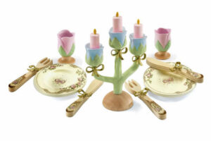 DJECO PRINCESS PARTY DISHES PLAY SET